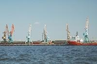 Aserbaidschanisch Sprachkurse | Hafen in Baku